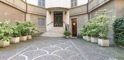 Villa Ada , Via Lariana piano terra con giardino