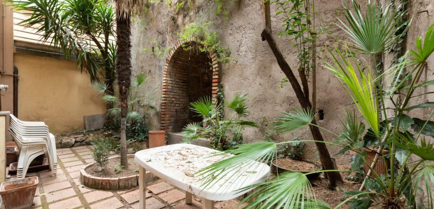 Aventino Bilocale con giardino